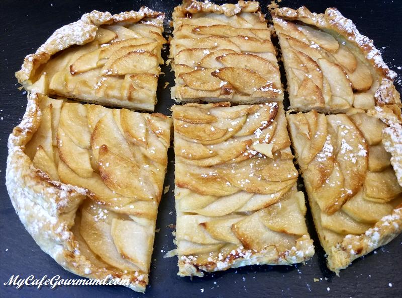 Яблочный тарт из готового слоеного теста