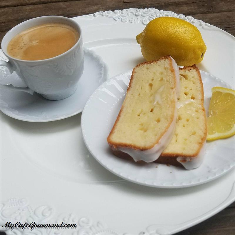 Лимонный кекс на йогурте
